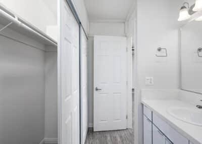 Summerwood apartments bathroom area